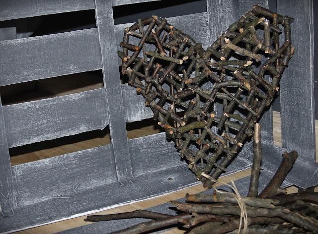 serce z gałązek