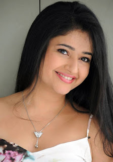 Poonam Bajwa Tamil Actress Biography Hot Photos