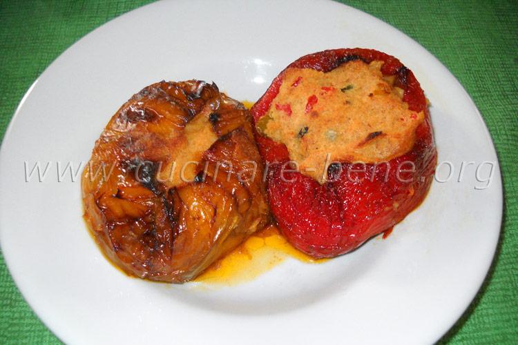 Peperoni ripieni cucinare bene ricette - Cucinare i peperoni ...