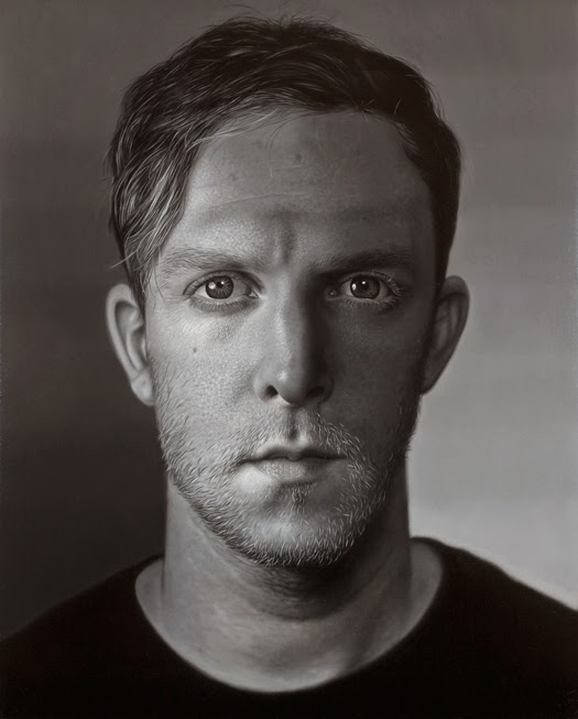 12-Charlie-Bierk-Black-and-White-Photo-Realistic-Paintings-www-designstack-co