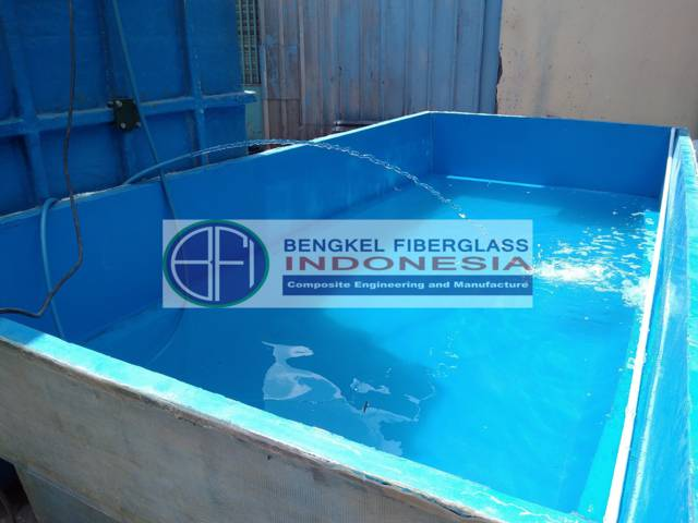 kolam fiber ukuran 4x2x1 meter
