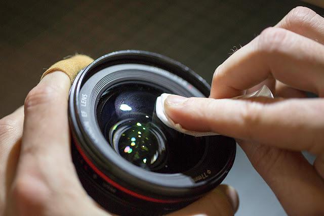 Tips to Clean DSLR Lens