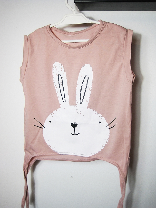www.rosewholesale.com/cheapest/cute-rabbit-pattern-tank-top-1204797.html?lkid=369184