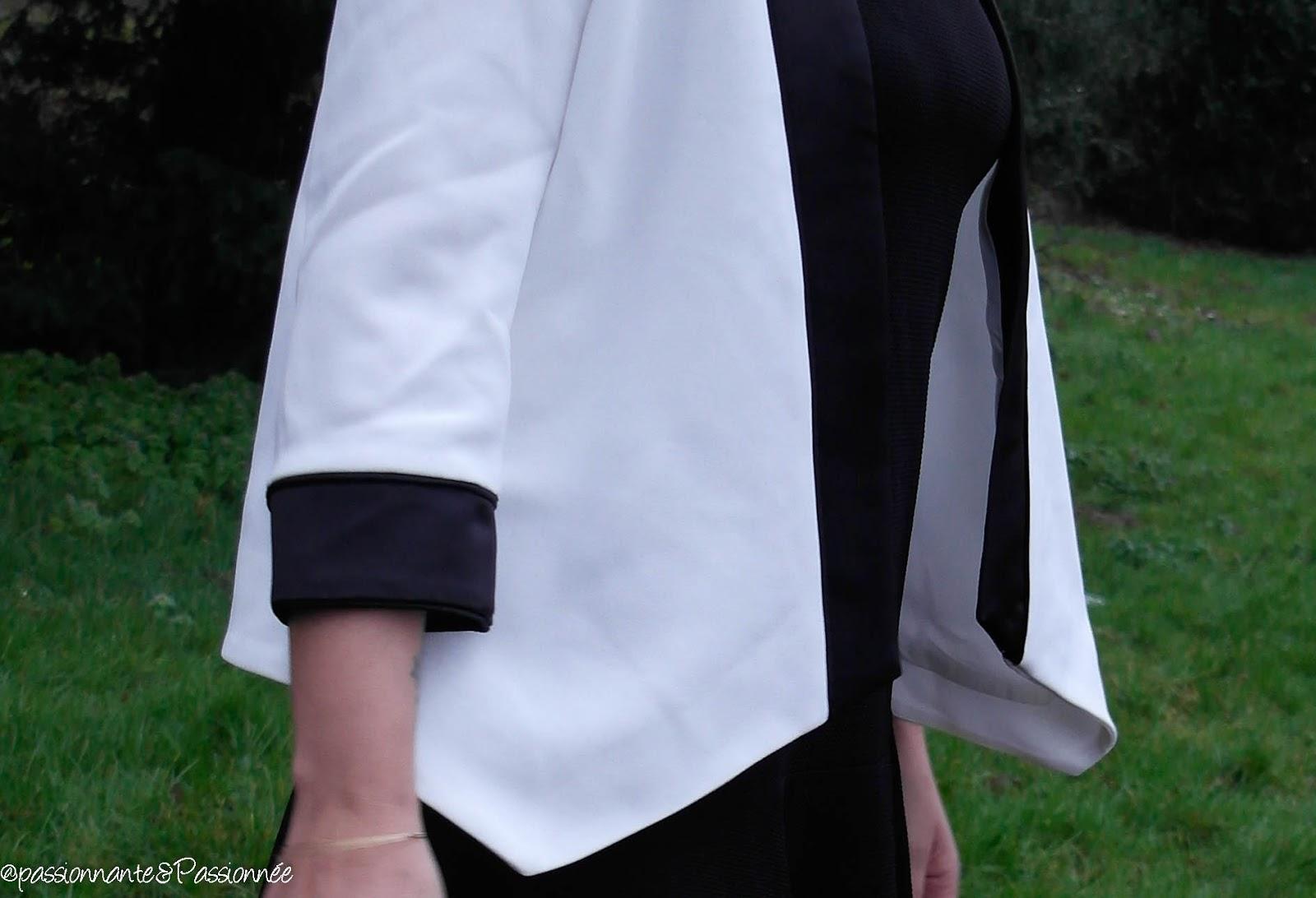 Blazer blanc asymétrique