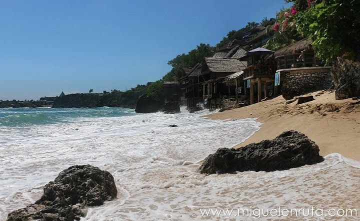 Espectacular-playa-Bingin