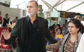 Tarun Tejpal Family Wife Son Daughter Father Mother Age Height Biography Profile Wedding Photos