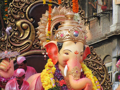 Happy Ganesh Chaturthi Celebration HD Wallpaper