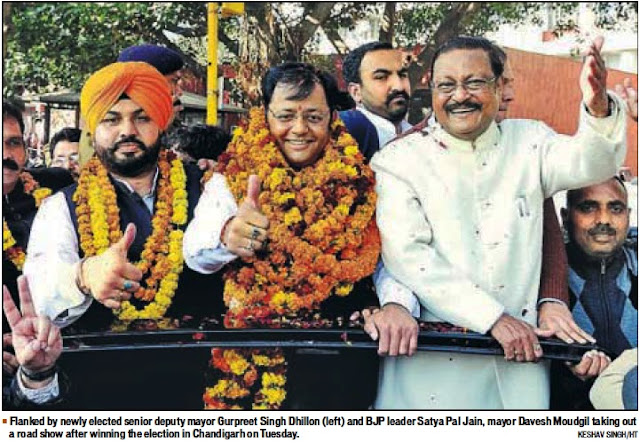 BJP leader Satya Pal Jain, Mayor Davesh Moudgil taking out a road show after winning the election in Chandigarh
