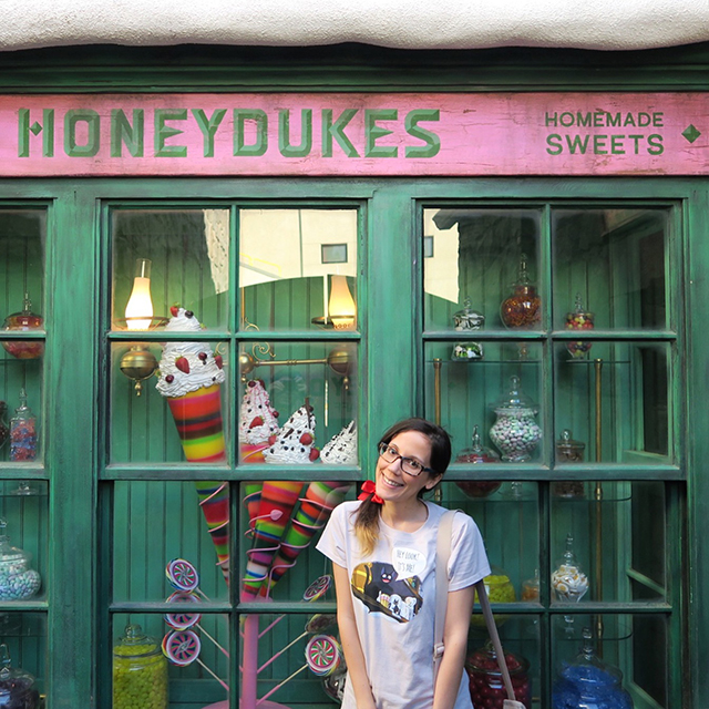 Honeydukes - Wizarding World of Harry Potter - Hollywood
