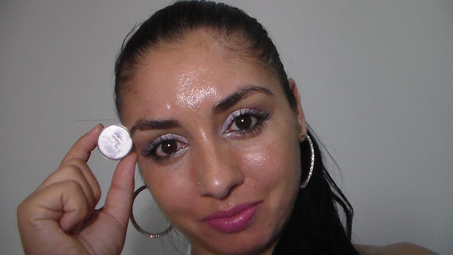 pele oleosa, espinhas, se livrar das espinhas, cuidados básicos, cravos, não coloque as mãos no rosto