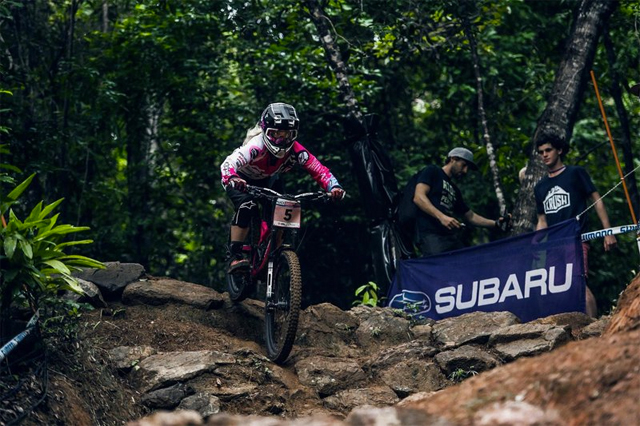 2016 Cairns UCI World Cup Downhill: Practice Highlights - Tracey Hannah