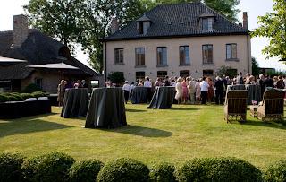 Event at Vaucelleshof image via Garnier (be) as seen on linenandlavender.net
