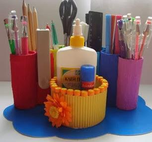 http://www.solountip.com/2013/08/Haz-un-organizador-con-tubos-de-papel-higienico.html