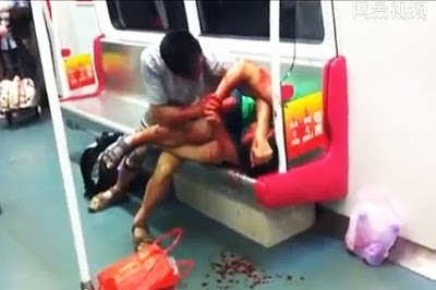 China Zombie-Attack in subway