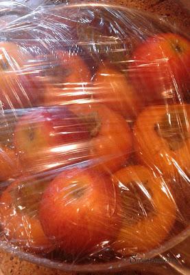 Caquis madurando con manzanas (Siempredulces)