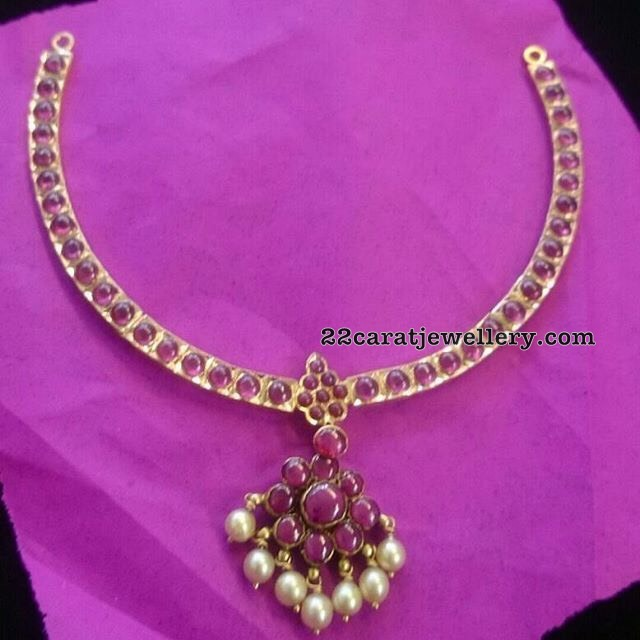 Simple yet Traditional Look Ruby Choker