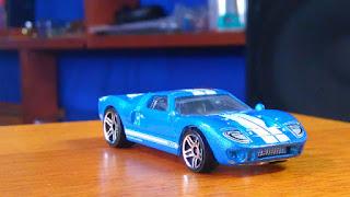 朝礼ネタ 青い車は事故が多い