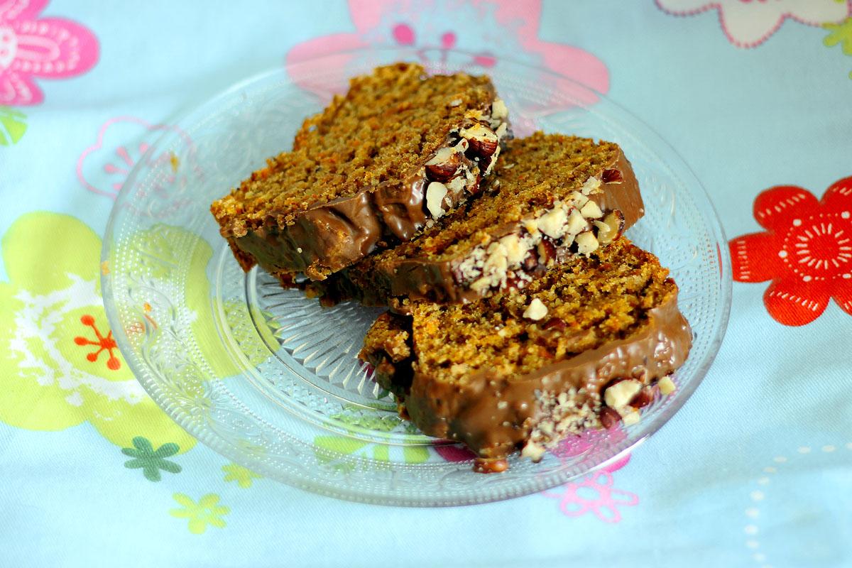 Follow The Vegan Way Mohren Haselnuss Kuchen