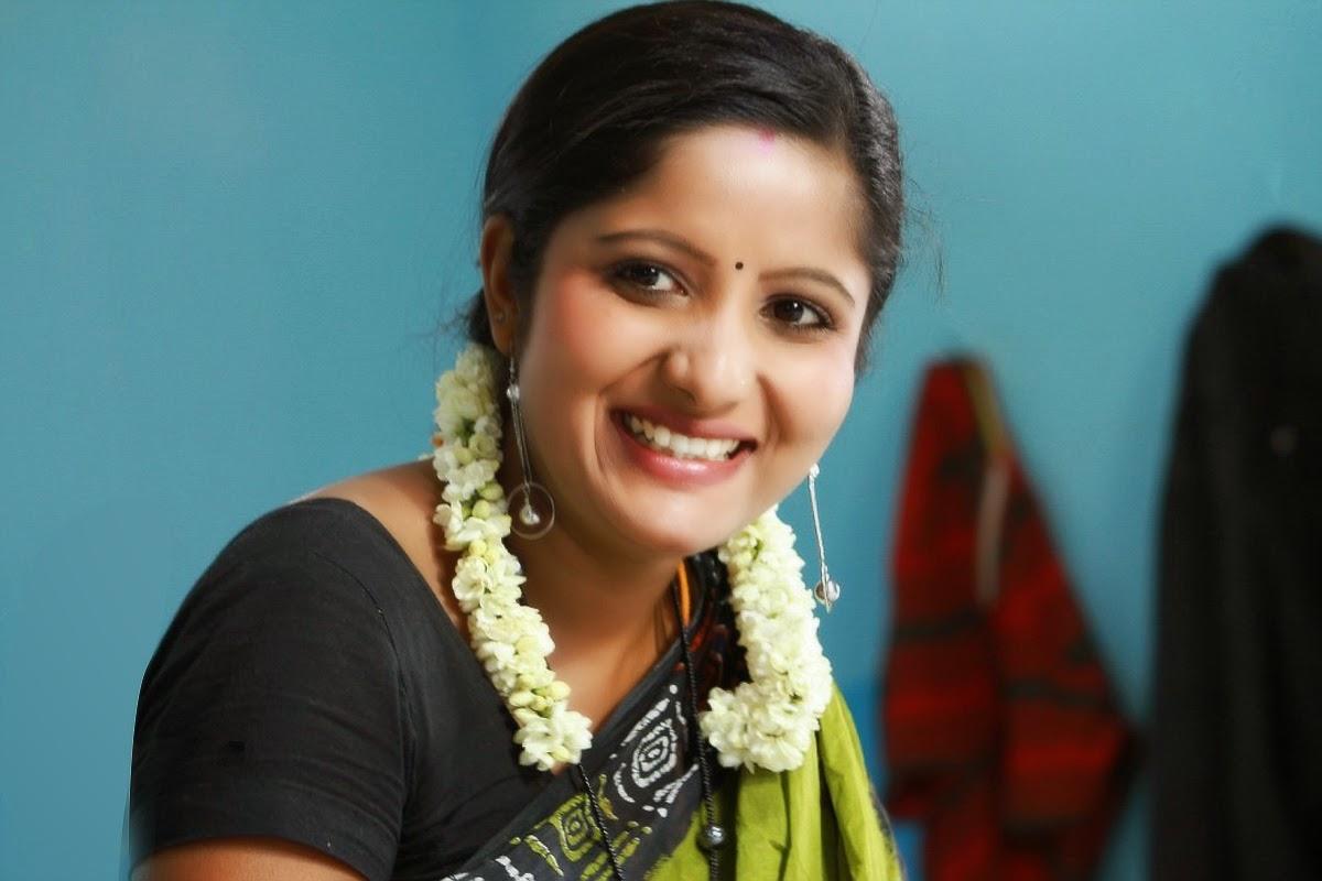 Pengalpundai Mulai: Tamil Ponnu Nirvana Videos Tamil Ponnu Nirvana Videos