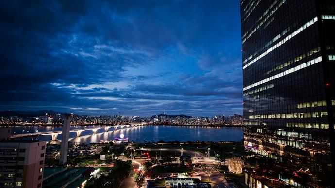 Wallpaper: Seoul Landscape at Night