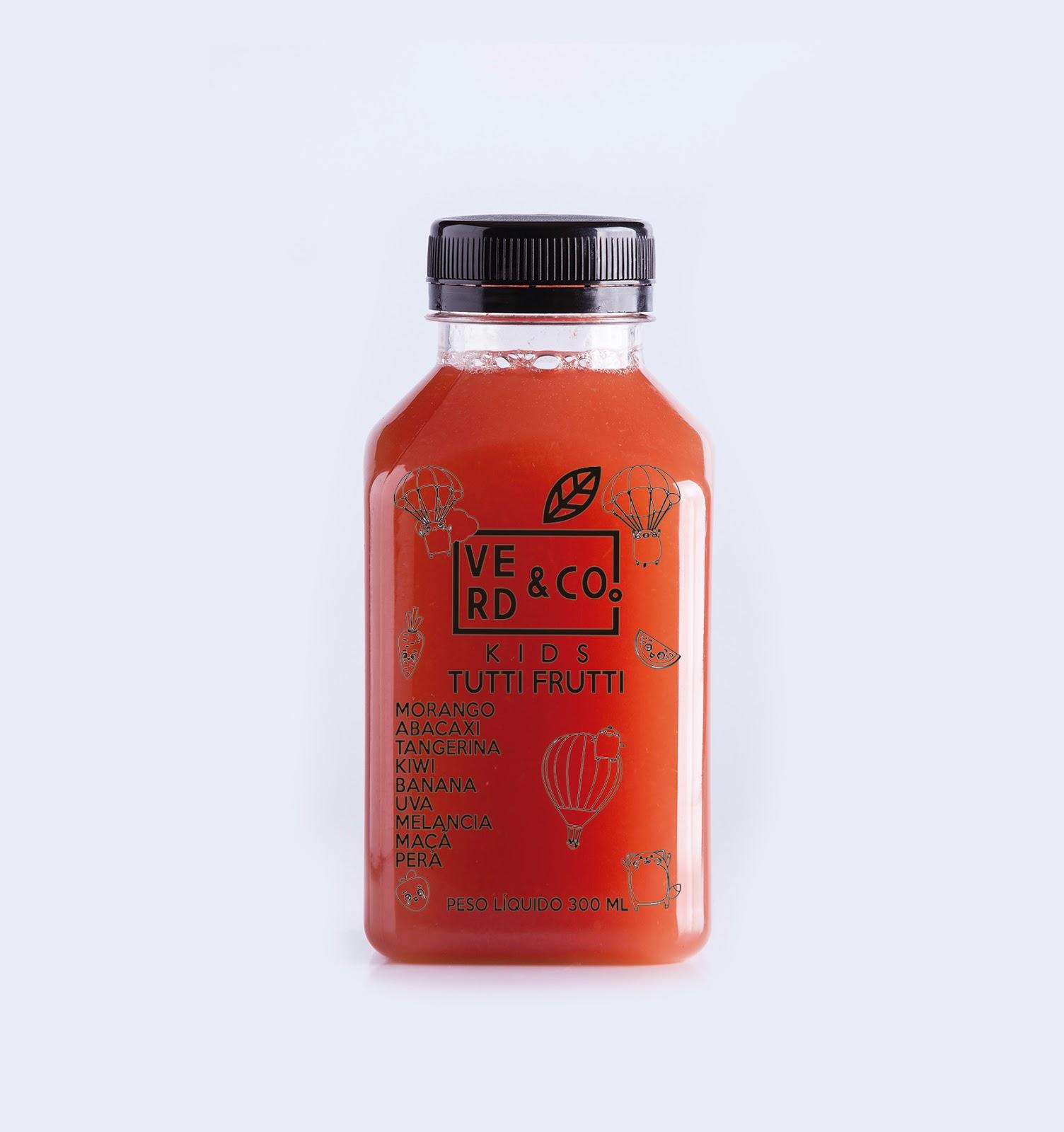 """2ac7322c42d45 """"Nossos sucos são desenvolvidos com ingredientes frescos, sem aditivos  químicos. Dessa maneira, eles conseguem conservar até cinco vezes mais  nutrientes do ..."""