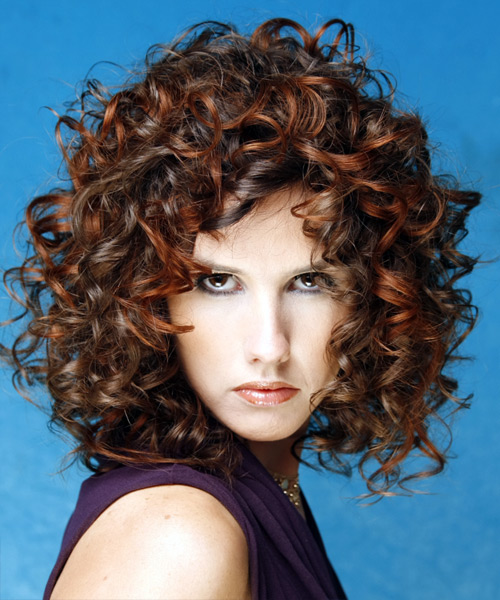 CUTE SHORT HAIRSTYLES ARE CLASSIC: Medium Curly Hairstyles