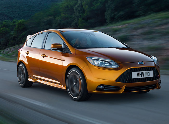 Car Overview: 2013 Ford Focus ST