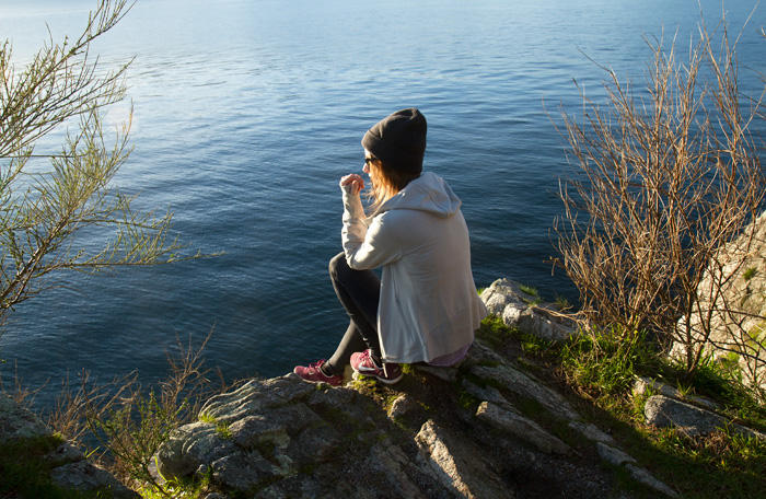 Vancouver Fashion Blogger, Alison Hutchinson, at Whytecligg Park in Bench Athletic Wear