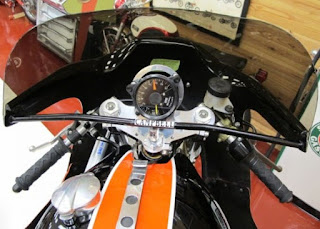 xr 750 tt road racer replica cockpit