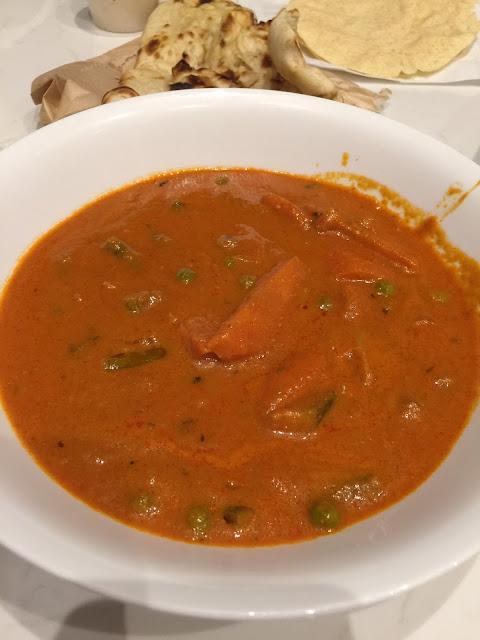 Saffron House, vegetarian makhani