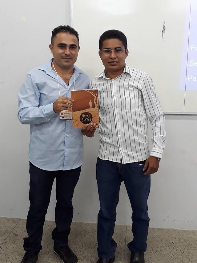 Pesquisador Antonio José Sales apresentou artigo científico sobre Homo Cactus no CONeD