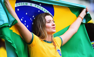 Brasil beautiful fans