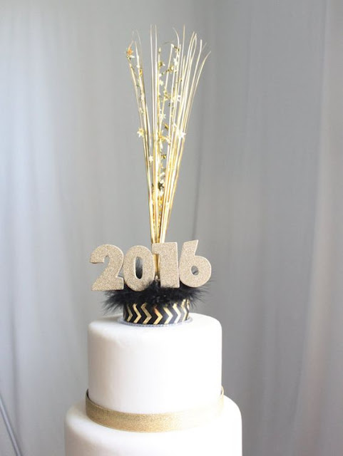 Happy New Year 2017 cake    best New Year's Day cakes