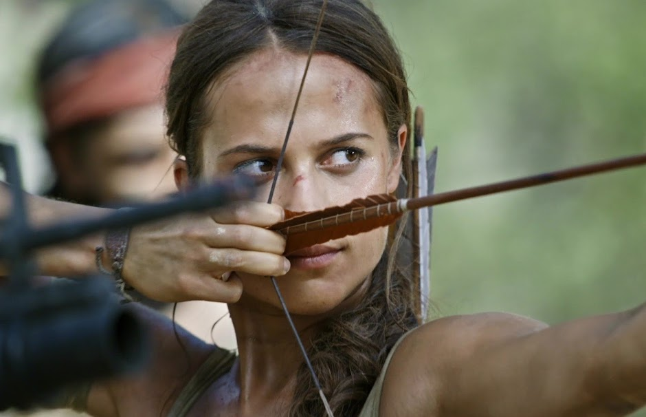 "Lara Croft luta para sobreviver no 2º trailer de ""Tomb Raider: A Origem"""