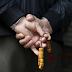 Σοκ για 500.000 συνταξιούχους του Δημοσίου με «μαχαίρι» έως και 23%
