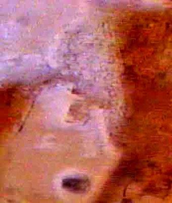 Linee misteriose sulla superficie di Marte visibili all'infrarosso