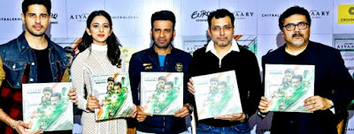 Aiyaary-team-promoting-the-book