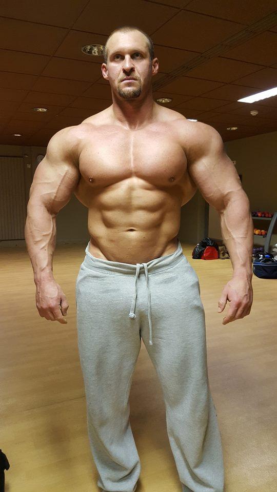 Russian muscle 2 - 4 5
