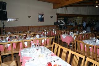 Στρωμένα τραπέζια στη Τρίπολη