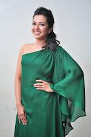 HeyAndhra Catherine Tresa Latest Sizzling Stills HeyAndhra.com
