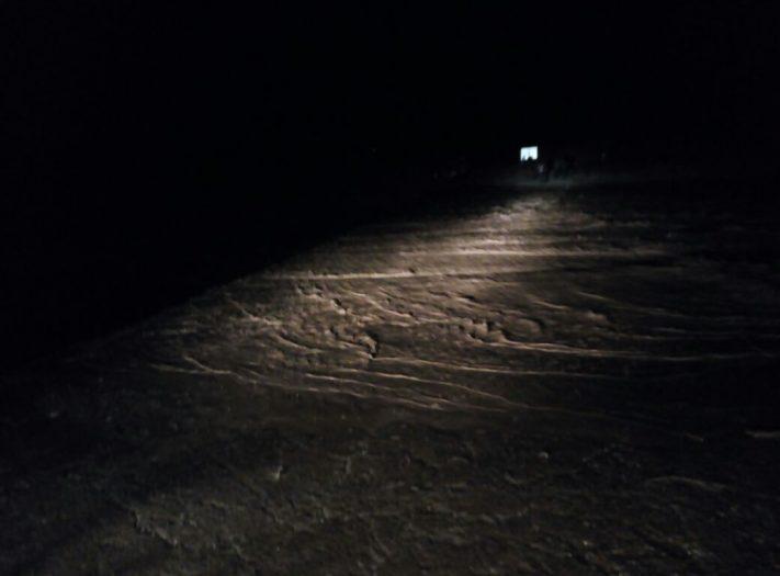 انجراف مياه وادي آيت مخلوف يحاصر السيارات بإيموزار مرموشة