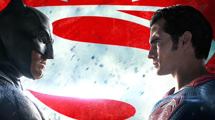 """Batman VS Superman"" estreia no dia 24 de março de 2016."