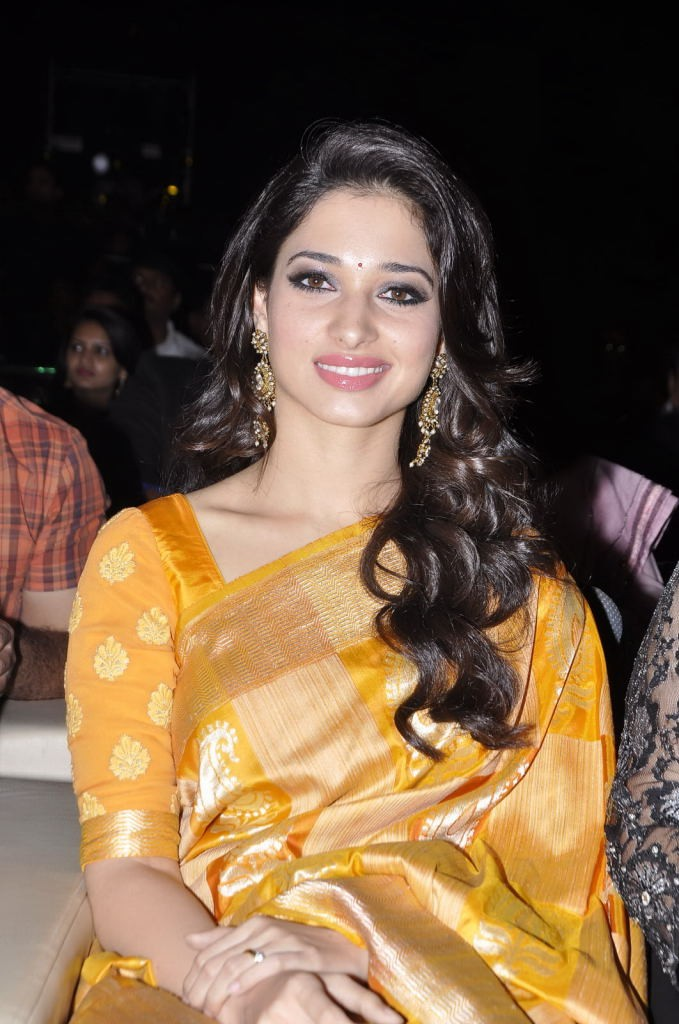 Tamanna Beautiful Photos In Yellow Saree