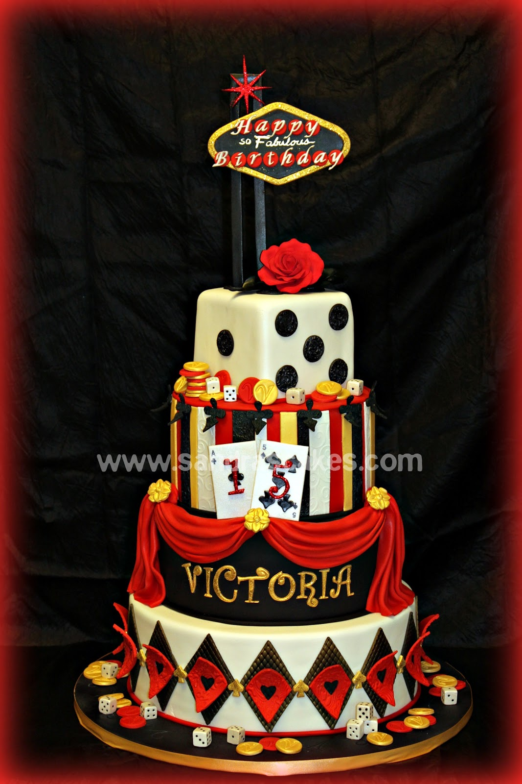 Fabulous Vegas Themed Quince Cake