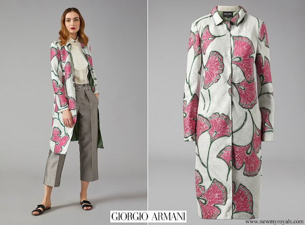 Queen Mathilde wore GIORGIO ARMANI Duster Coat