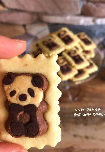Petito kurabiye tarifi nasıl yapılır petitolu ayıcıklı çikolatalı çocuk kurabiyesi petitolu kurabiye kolay nefis videolu tatlı yemek tarifleri chocolate cookies dessert recipe turkish delicious yummy tasty taste
