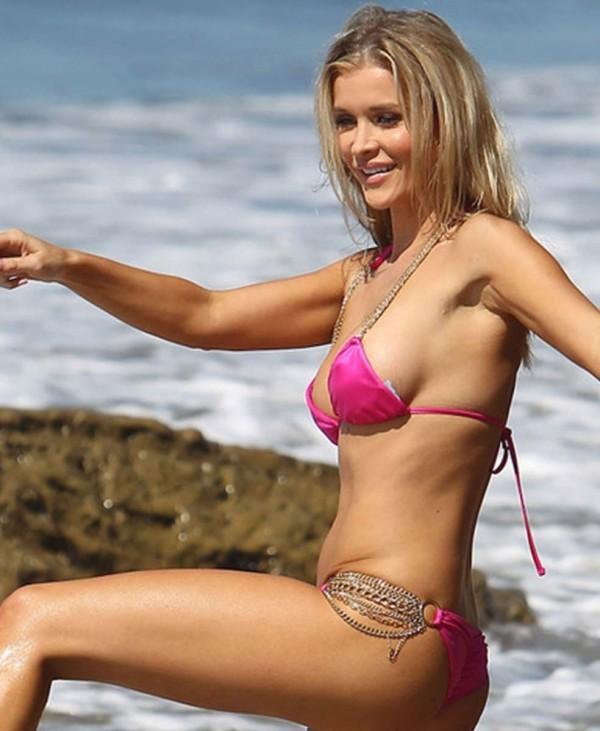Bikini Boob Slips 107