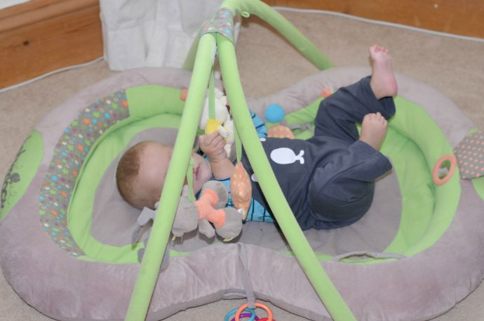 play mat, padded baby play mat, activity mat