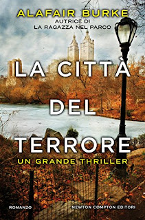 https://www.amazon.it/citt%C3%A0-del-terrore-eNewton-Narrativa-ebook/dp/B01HE3K8WA/ref=as_li_ss_tl?s=digital-text&ie=UTF8&qid=1473415643&sr=1-3&keywords=newton+compton+editori+terrore&linkCode=ll1&tag=viaggiatricep-21&linkId=76a036a95bc73381155014f4f15087be