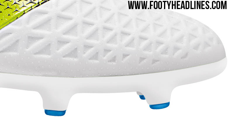 size 40 4831a dedfd It s the first-ever white Men s edition of the second-gen Adidas Ace  Football Boots.